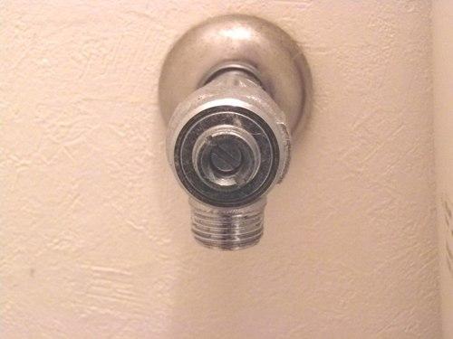 ④止水栓を閉じ、ホース取り外し.JPG